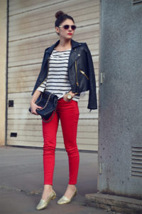 3068407_red_gold_stripes_2